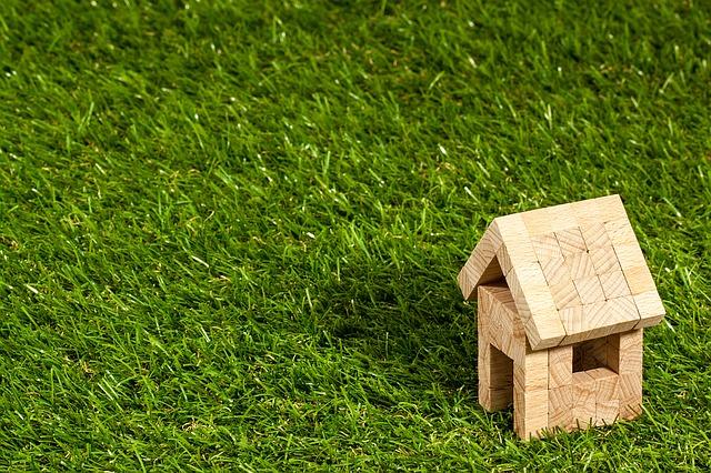Pomysł na małe mieszkanie, czyli urządzenie i aranżacja niewielkiej przestrzeni