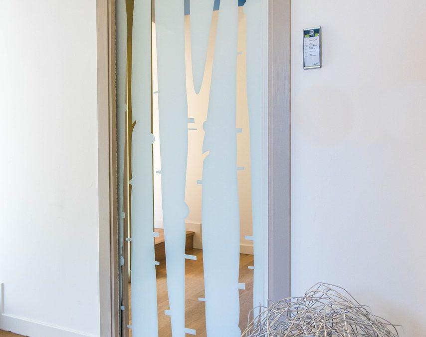 Drzwi chowane w ścianę i inne rozwiązania dla drzwi wewnętrznych