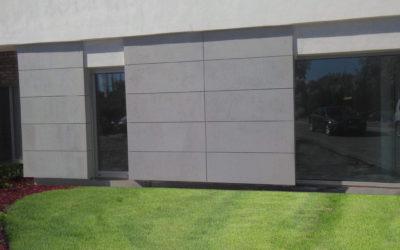 Remont domu – elewacja z płyt betonowych. Jak zrobić to ciekawie?