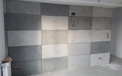 Kafelki vs betonowe płytki – co wybrać?