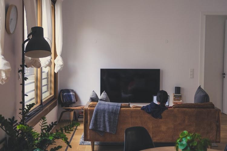 Mieszkanie dla singla i singielki – jak je urządzić dobrze i nie żałować?