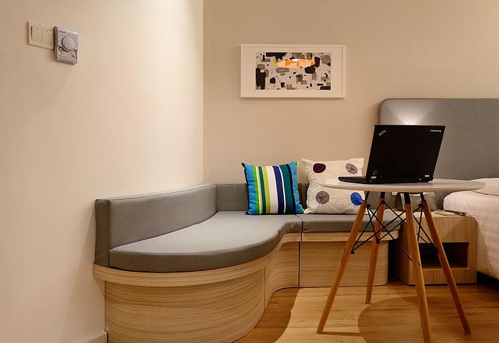 Co kupić do nowego mieszkania i na parapetówkę? Pomysły na prezenty