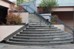 schody zewnętrzne betonowe płyty