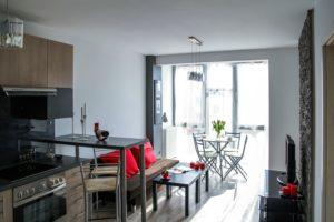 stylowe wygodne mieszkanie aranżacja